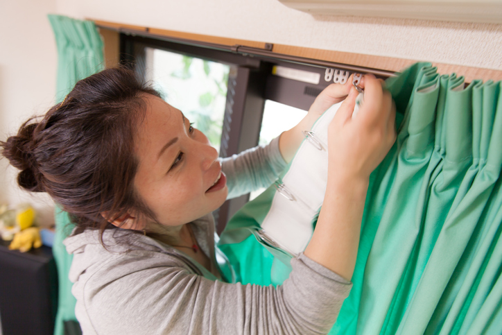 a guide on proper curtain hanging discover drapery hardware