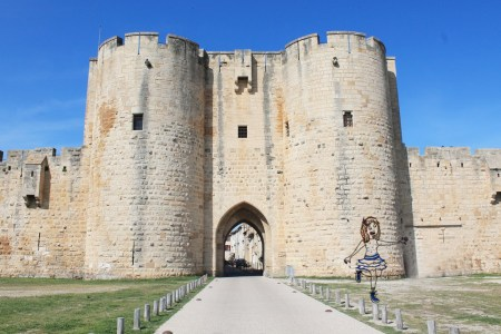 Aigues-Mortes_by-Drawingsandthings Illustration