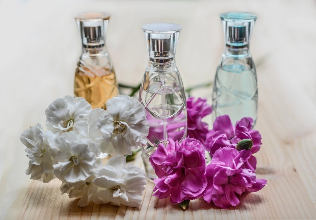 Heavenly Perfume: How to Smell Good as a Christian