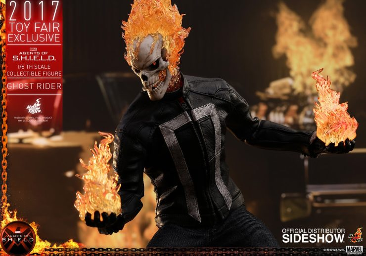 Ghost Rider agents of s.h.i.e.l.d. hot toys figure2 1 - Hot Toys Fires Up Its Ghost Rider Action Figure
