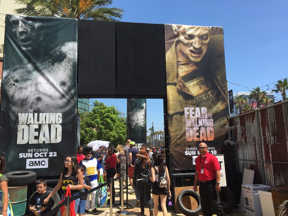 twd dq 13 - #SDCC17: We Took on The Walking Dead Encounter and Lived to Tell About It!