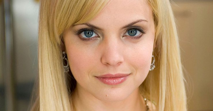 Mena Suvari - THE HAUNTING OF NICOLE BROWN SIMPSON - More Details Come in