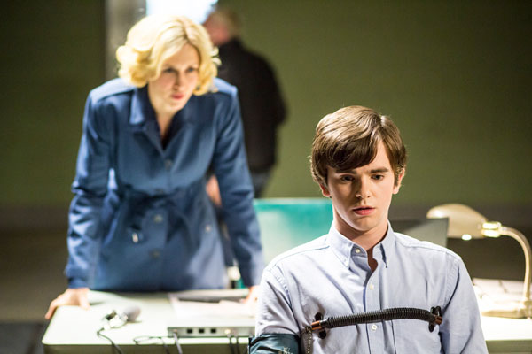 bates210a - Norman Faces a Test in these Stills from Bates Motel Episode 2.10 - The Immutable Truth