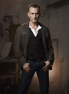 knepper - Cult Roundtable Interviews: Jessica Lucas, Robert Knepper, and Alona Tal on the Show's Edginess, Playing Dual Roles, Obsession, and More