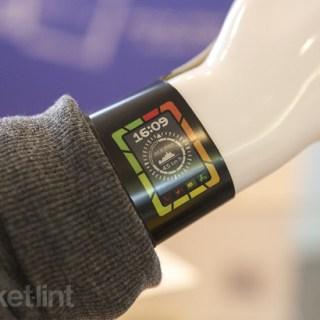 plastic-logic-colour-e-paper-smart-watch-concept