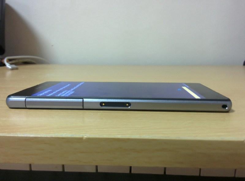 Xperia D6503