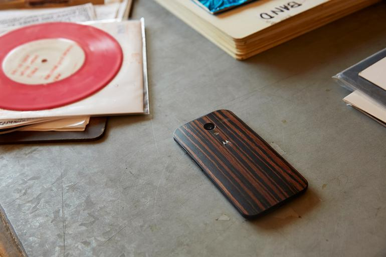moto-x-wood-backs-finishes-release-date-price-cost-specs