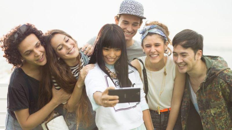 xperia-c3-never-miss-a-selfie-e3d47b2935602e12481706ef467c5a82-940