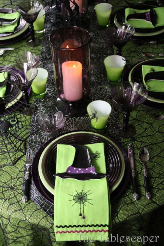 54ff62fabd9ce-green-table-de