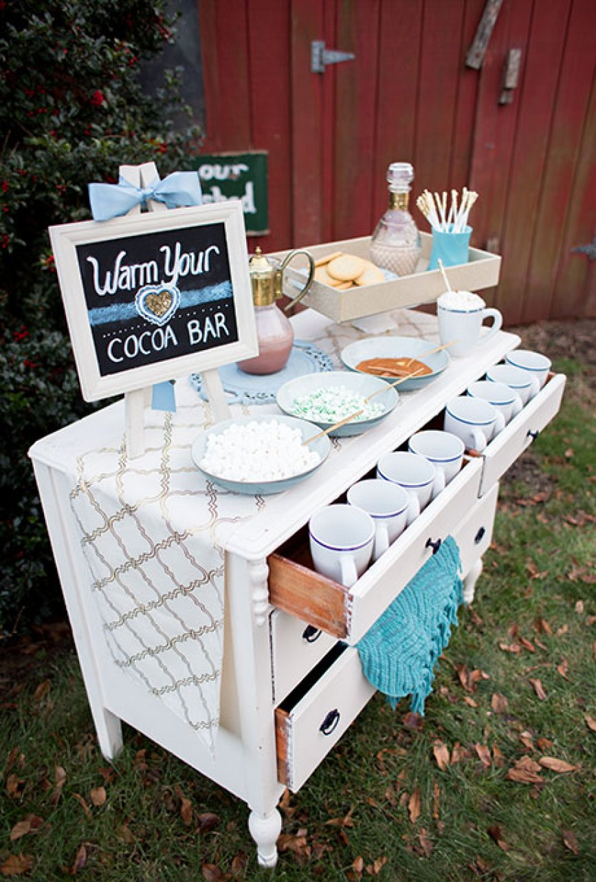winter-wedding-style-details-isa-images