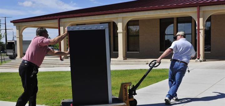 Pallet Truck Safety Tips