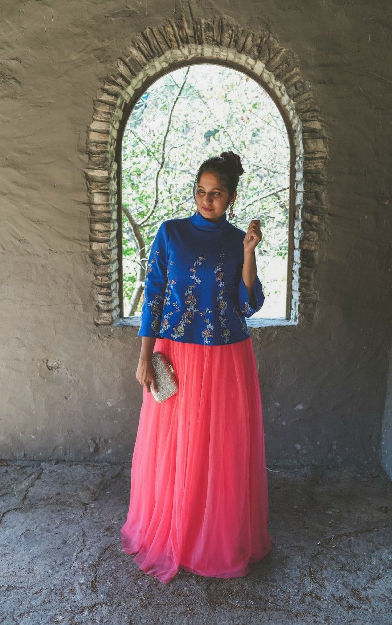 Lifestyle Blogger Surekha of Dreaming Loud sharing Diwali Indian fusion outfit with tulle skirt2