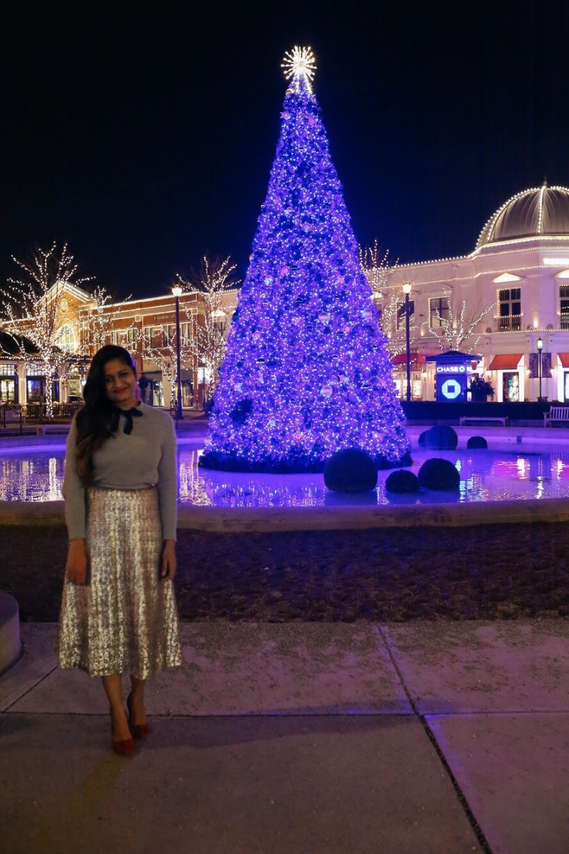 Lifestyle Blogger Surekha of Dreaming Loud sharing how to wear Sequin skirt for Holiday