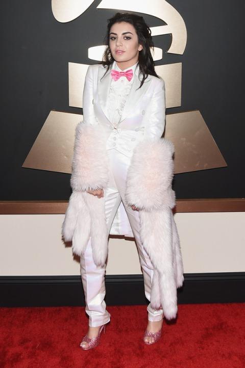 Charli XCX in Moschino - 2015 Grammy Awards