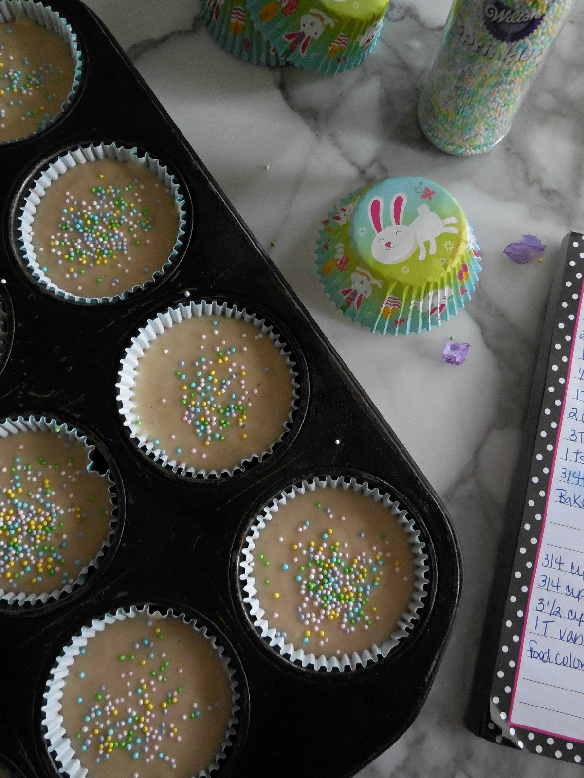 Super easy and delicious vegan cupcakes for Easter!