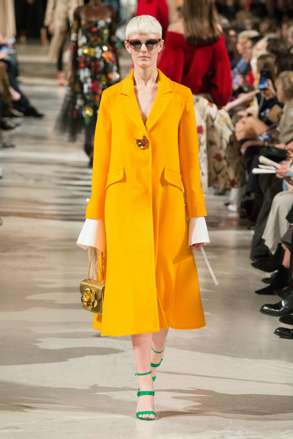 Yellow Fall Fashion Trend on the Oscar de la Renta FW18 Runway at New York Fashion Week #FallFashion #FallTrends #Runway #FashionWeek #NYFW #FallStyle #FallTrends