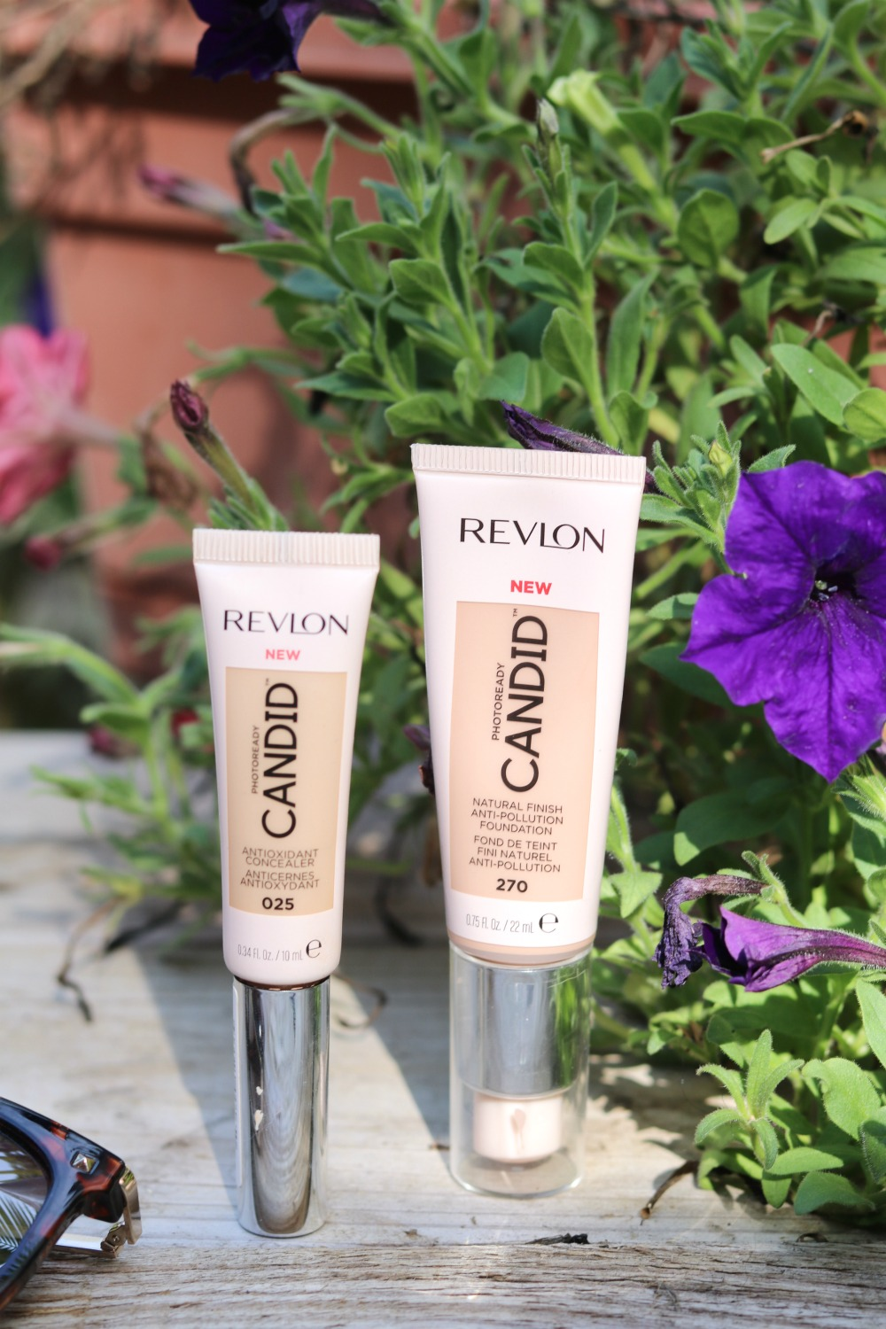 Revlon Candid Foundation and Concealer Review I DreaminLace.com #Makeup #DrugstoreMakeup #BeautyBlog