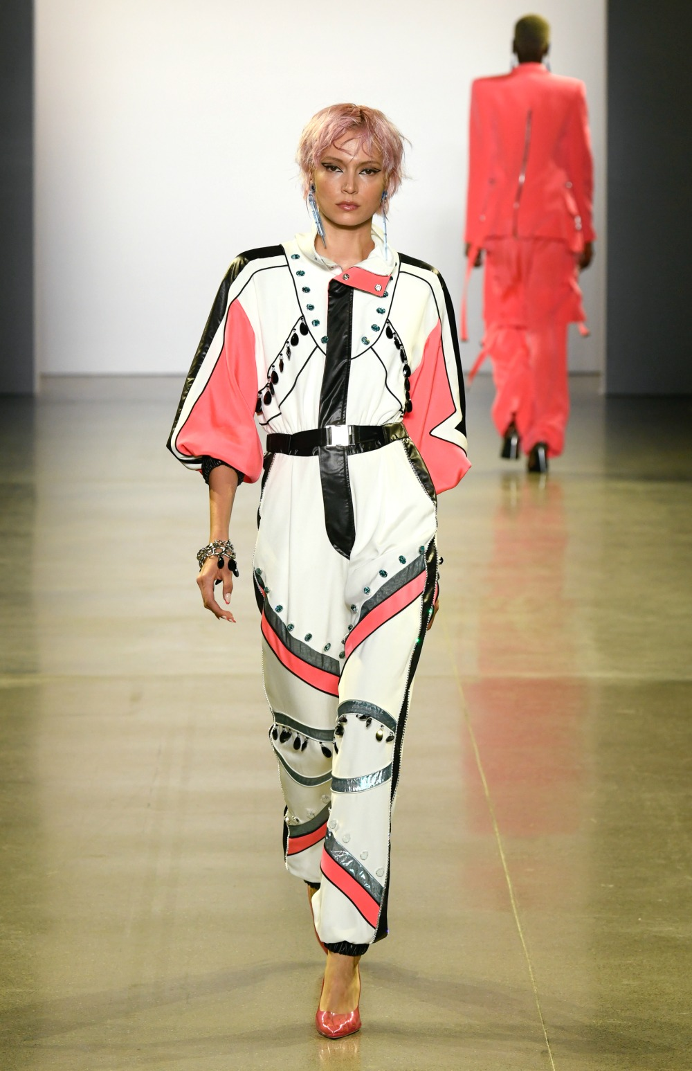 Victoria Hayes Spring 2020 Collection Runway I DreaminLace.com #NYFW #VictoriaHayes #DesignerFashion #Runway