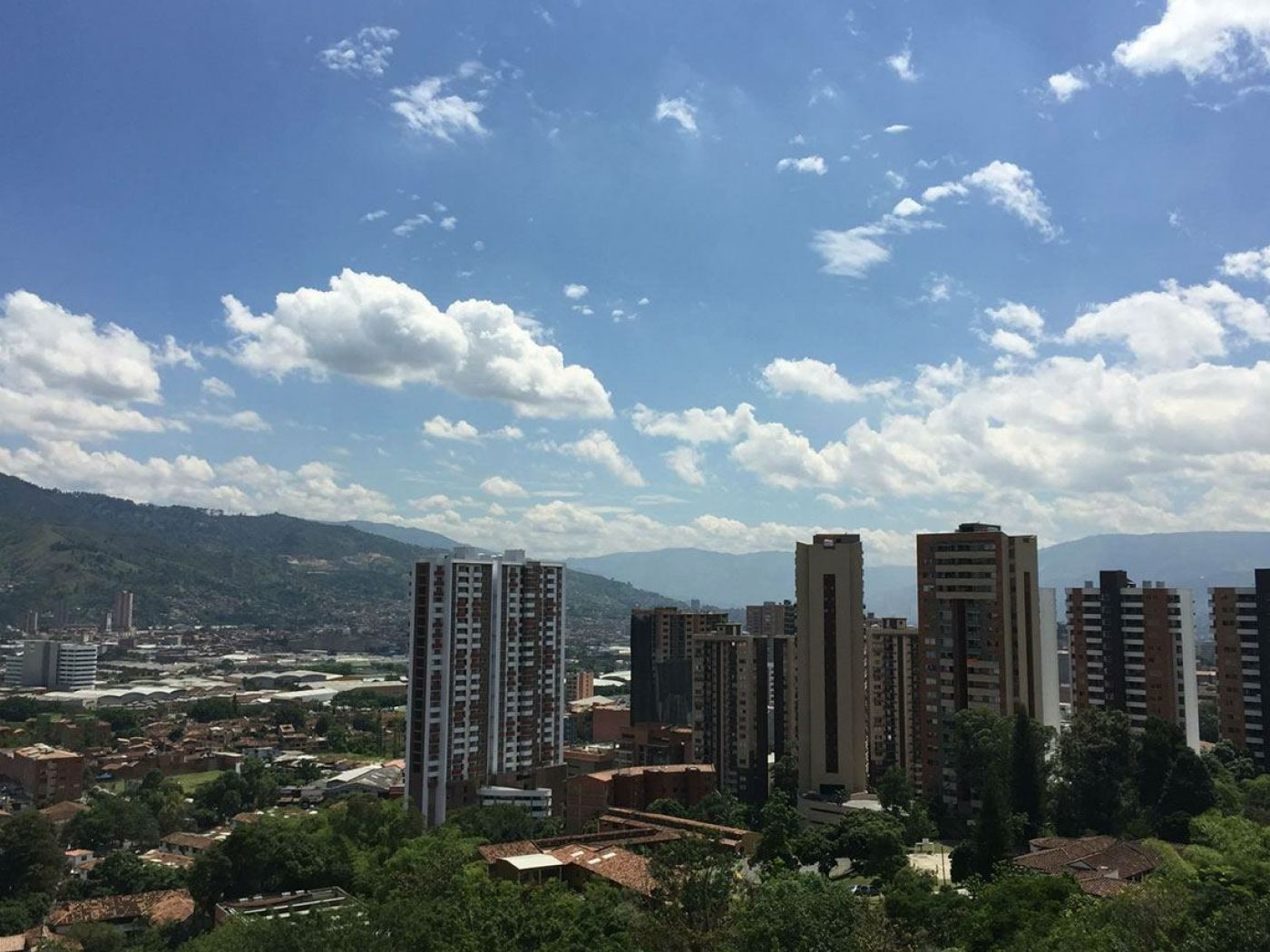 travel-tales-independence-day-medellin-colombia