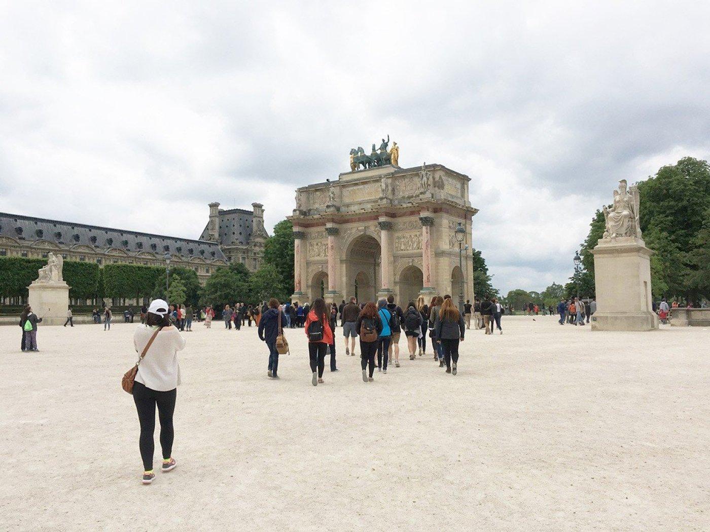 Arc de Triumph ravel tales abroad