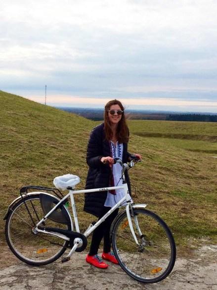 Ellen Hietsch riding a bike in Copenhagen