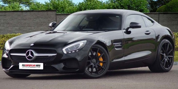 Mercedes AMG GTS front