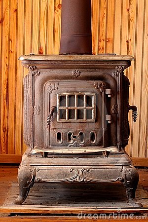 https://i2.wp.com/www.dreamstime.com/antique-wood-burning-stove-thumb22686398.jpg