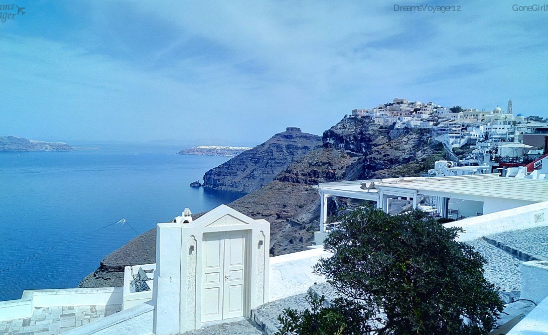 Santorini – A beautiful Greek Journey!