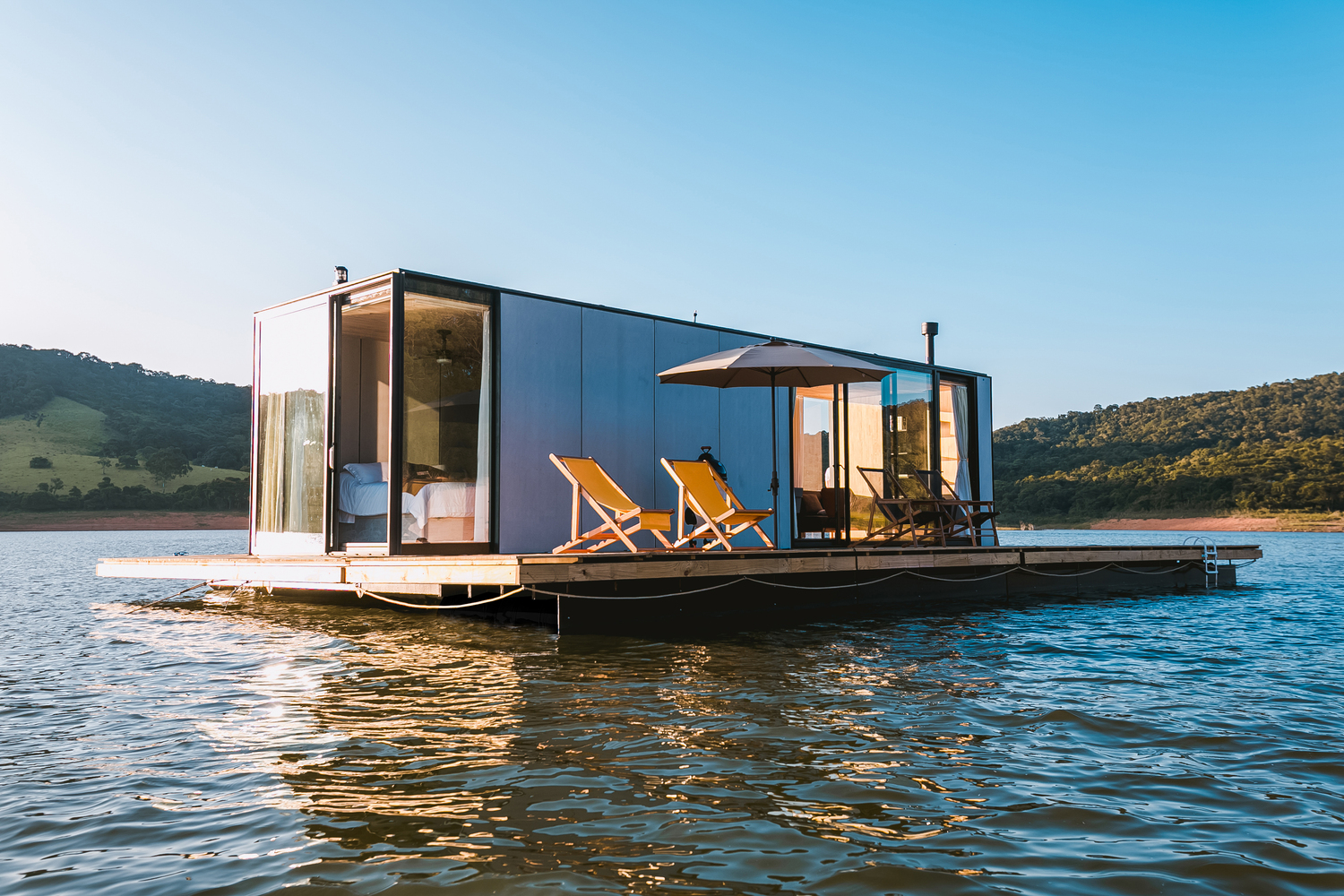 Amazing Floating House WaterlilliHaus by SysHaus