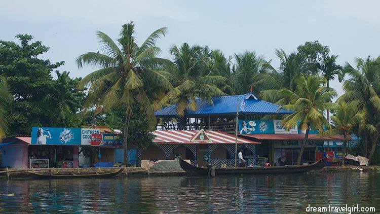 Shops and restaurants can be reached by boat