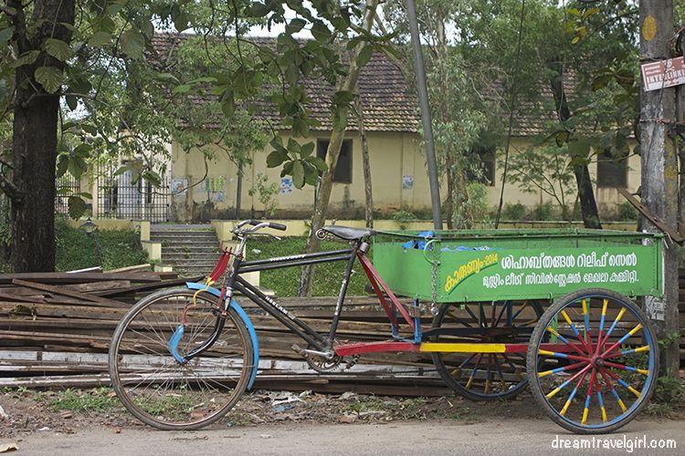 India_Allepey_bike