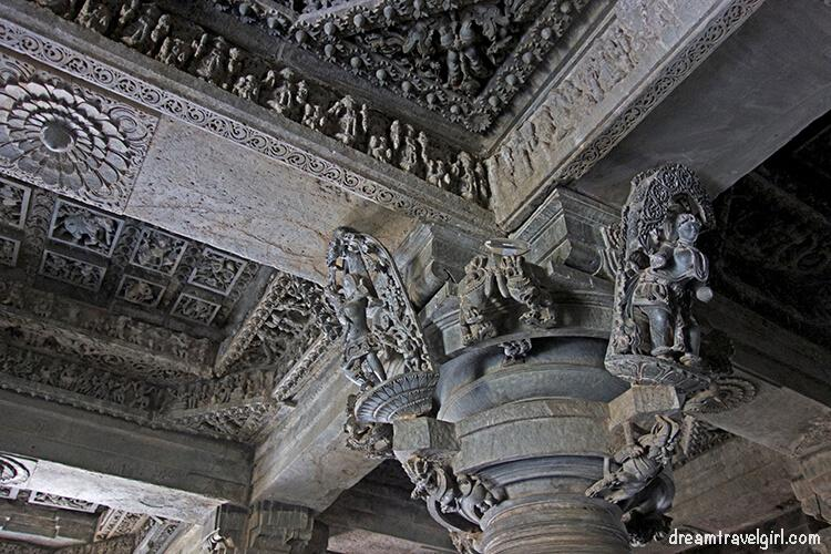 Even the ceiling is full of carvings