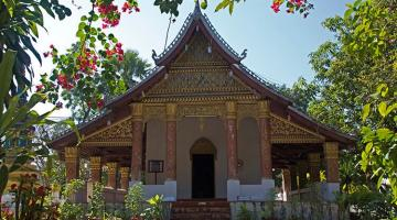 Luang Prabang beyond the touristic side: discover the town layer by layer