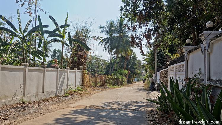 Laos_Vientiane_street07