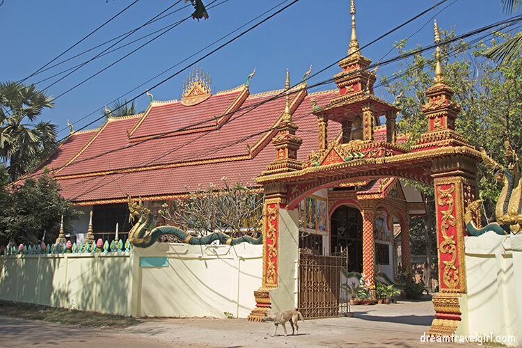 Laos_Vientiane_temple04