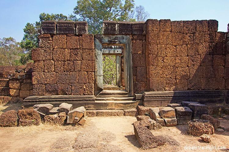 Red bricks in East Mebon