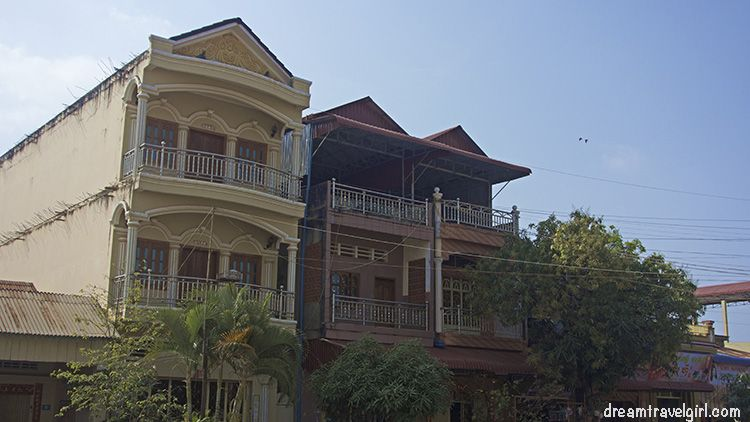 Cambodia_Kampot_architecture-colonial-building02