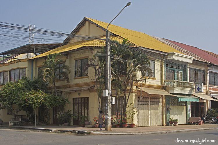 Cambodia_Kampot_architecture-colonial-building03