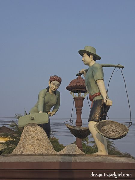 Cambodia_Kampot_statue-salt-collector