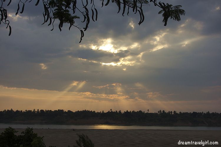 Cambodia_Kratie_Koh-Trong_sunset