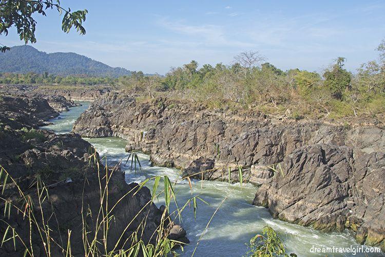 Laos_4000islands_Don-Khon_Li-Phi-waterfall3