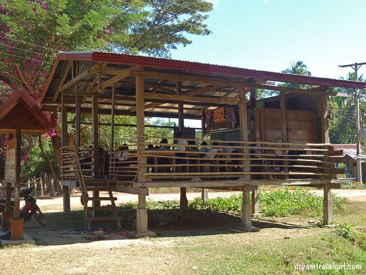 Laos_4000islands_Don-Khon_village7