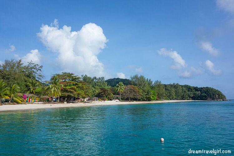 Malaysia_Kapas-island_beach02
