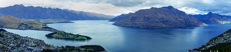 The lake Wakatipu