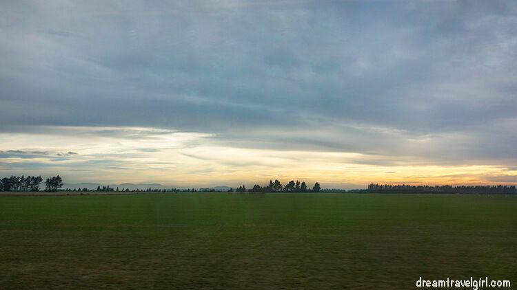 New-Zealand_TranzAlpine03_sunrise