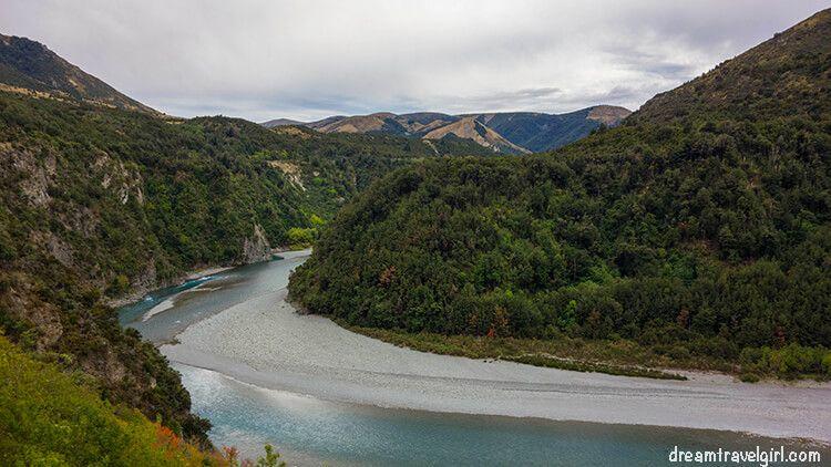 New-Zealand_TranzAlpine08_landscape