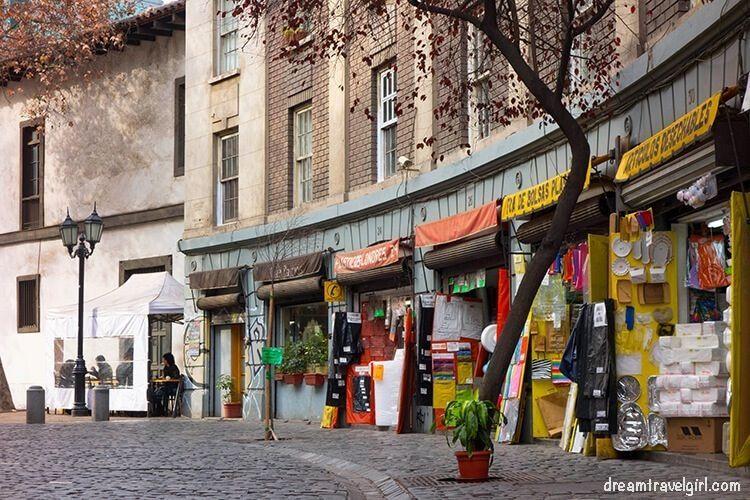 Chile_Santiago_barrio-Paris-Londres01