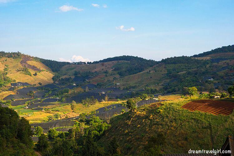 Mountains surrounding the Lahu village