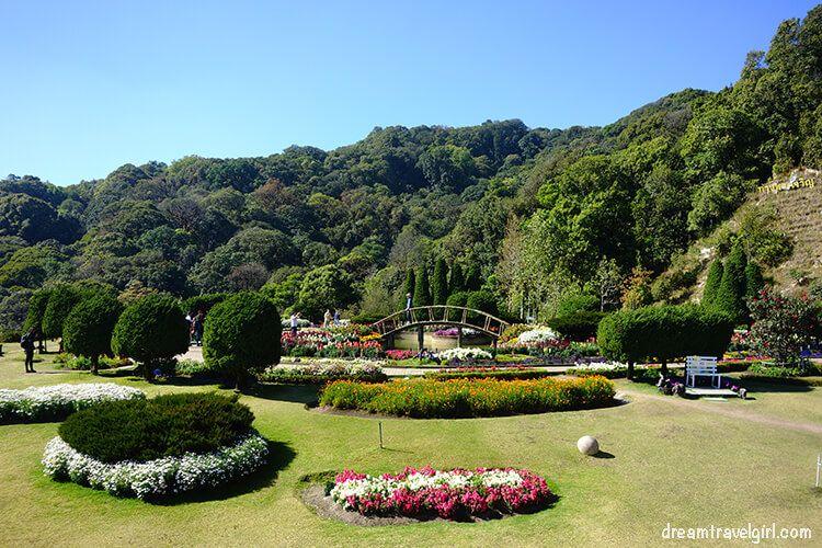 Doi Inthanon: gardens around the Royal pagodas