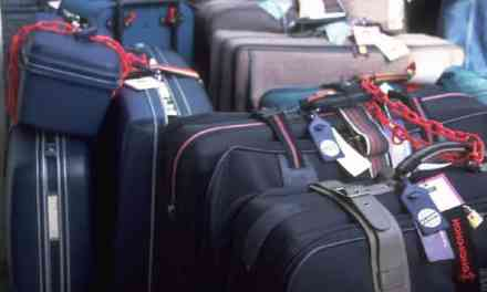 How to Pack Your Luggage? Best Packing Tips from the Pros